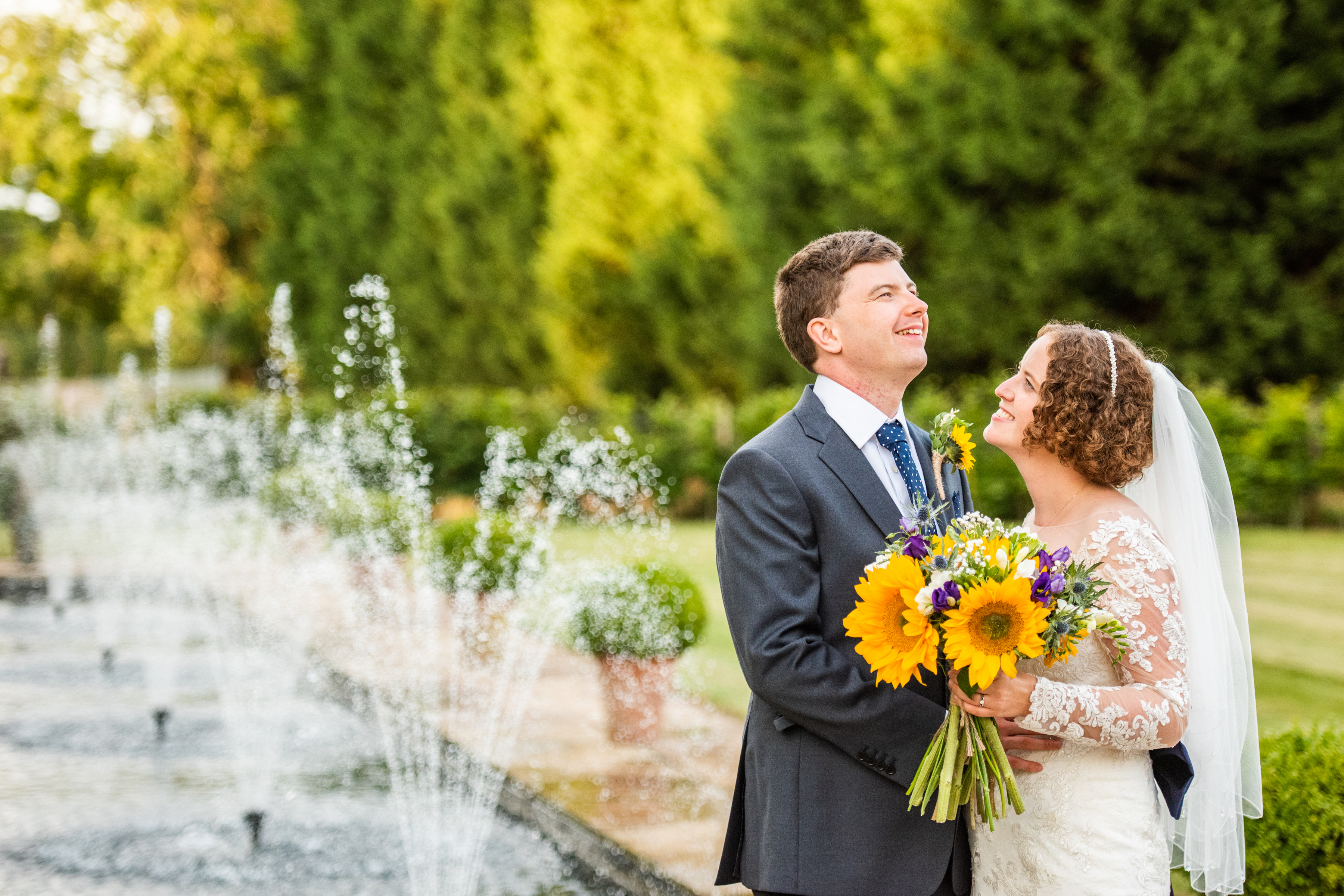 couple with fountains
